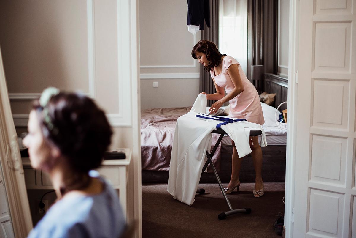wesele w hotelu wodnik we wroclawiu - przygotowania slubne - naturalna fotografia slubna