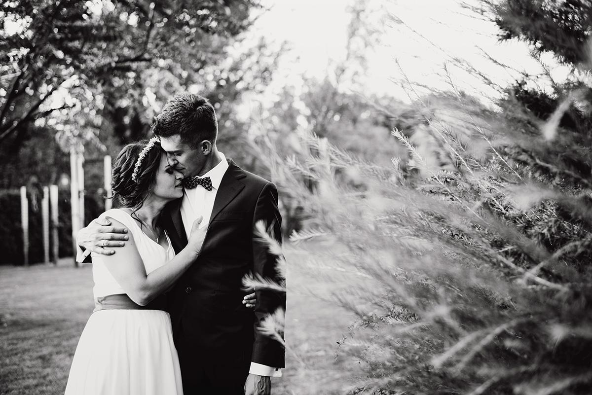 wesele w hotelu wodnik we wroclawiu - naturalna sesja slubna we wroclawiu