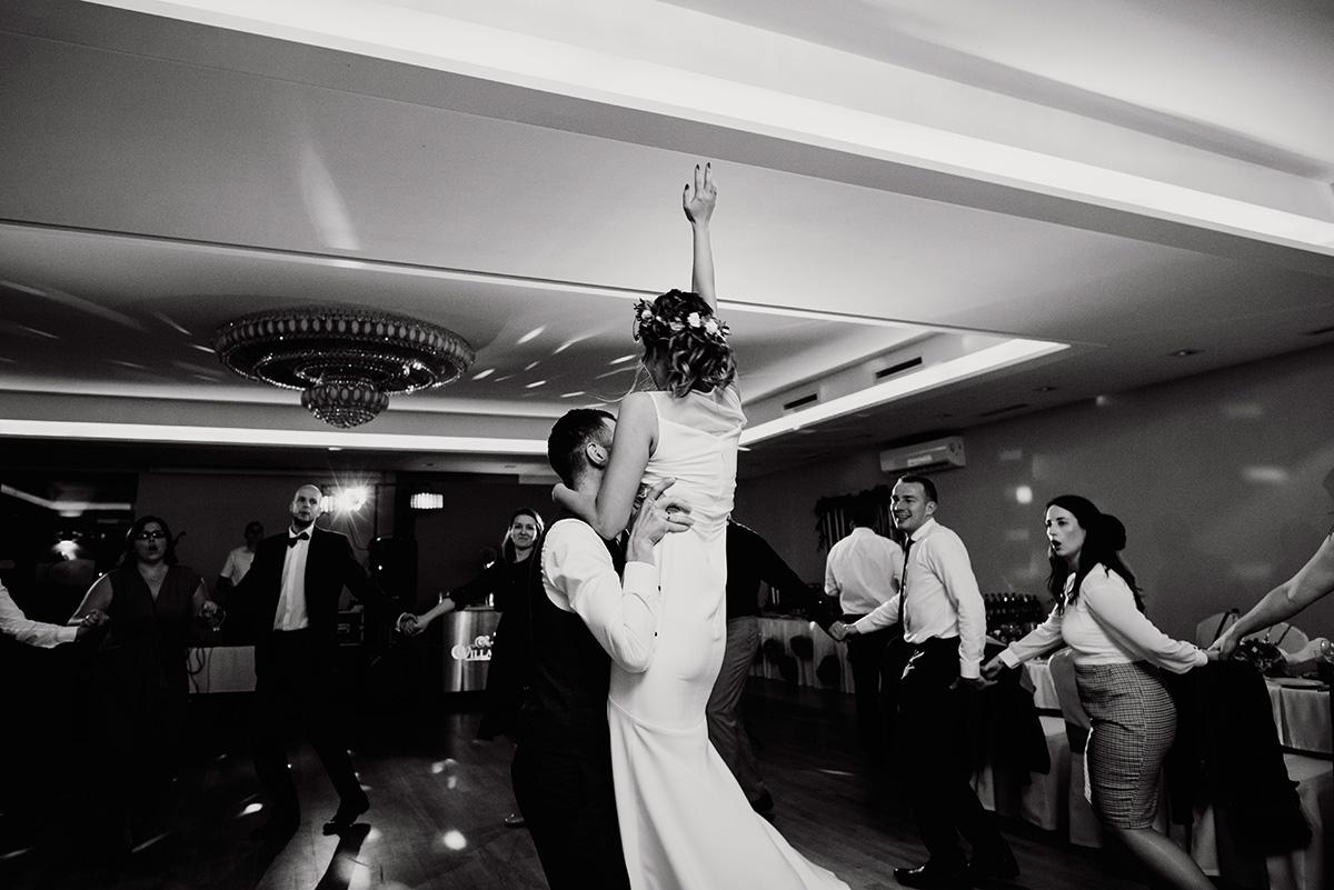 wesele na luzie - fotoreportaz slubny - tance weselne