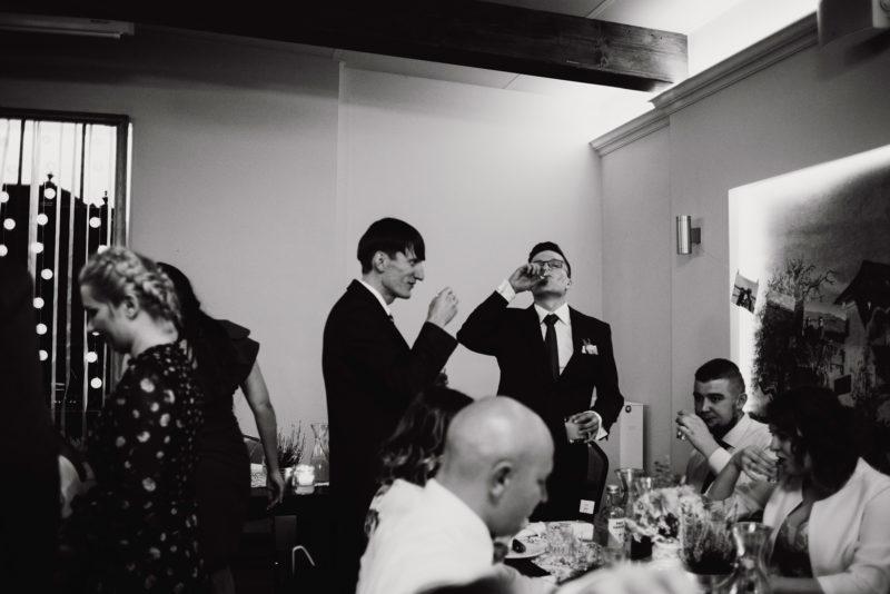 wesele - spichlerz galowice - fotoreportaz slubny