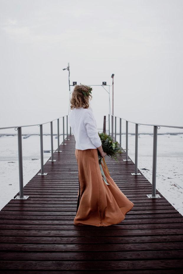 zimowa sesja slubna-miedziana suknia slubna_DSC7816