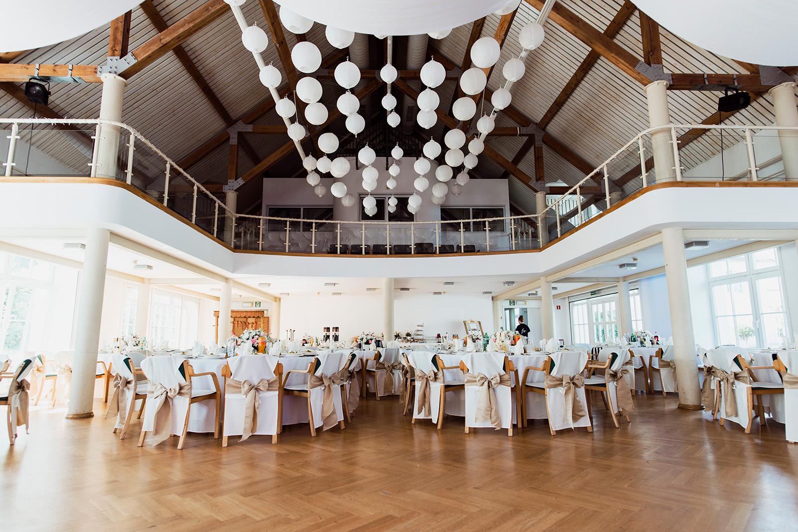 wesele w krzyzowej - udekorowana sala