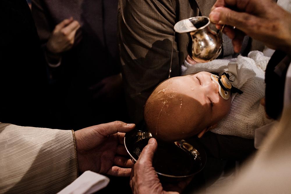 zdjecie chrztu - naturalna fotografia