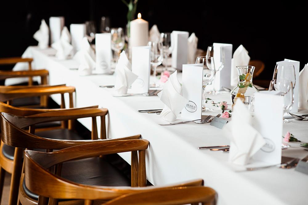 restauracja na impreze chrztu - naturalna fotografia