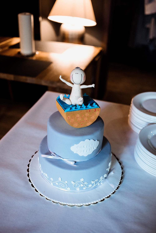 tort na chrzest - naturalna fotografia