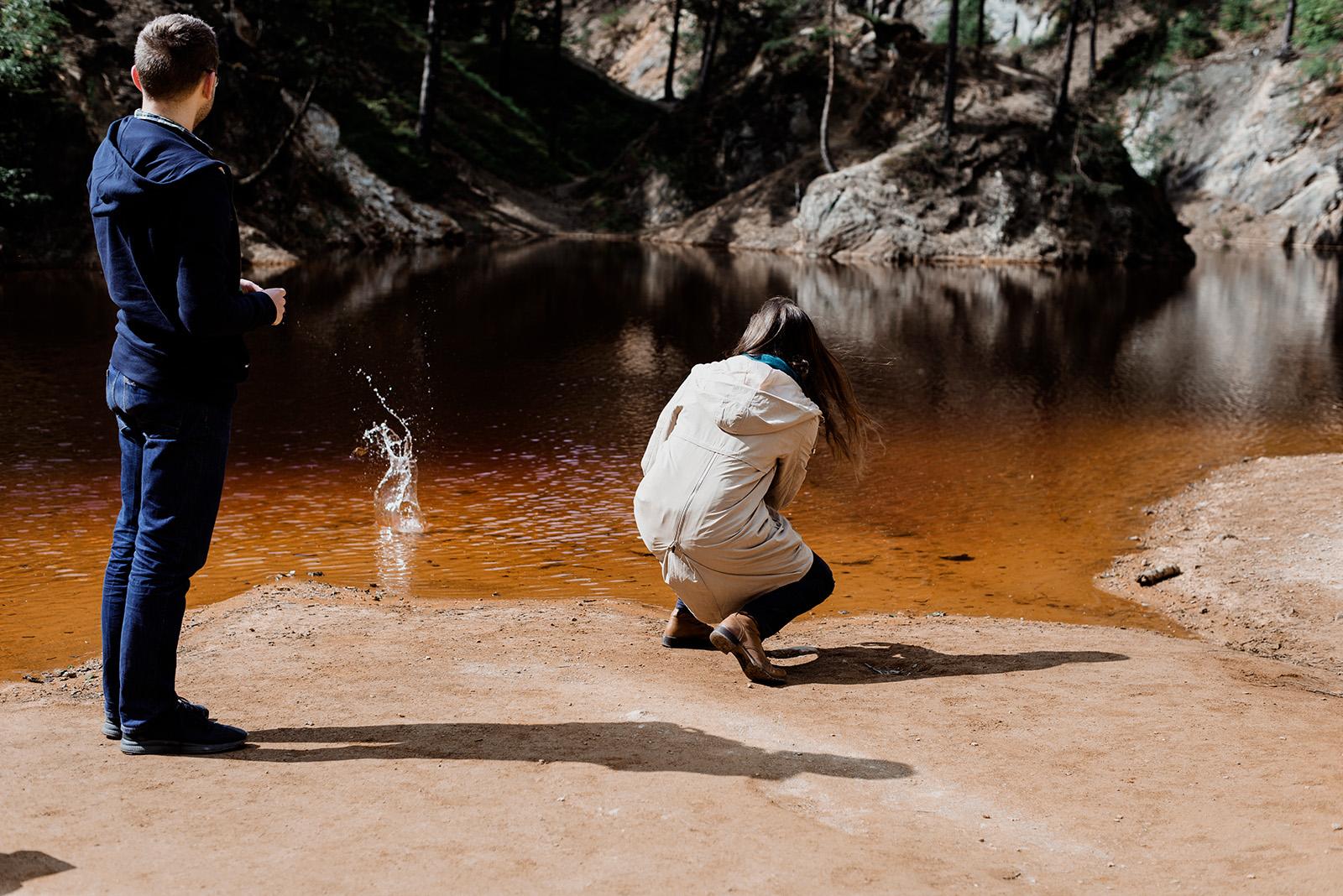kolorowe jeziorka - sesja narzeczenska