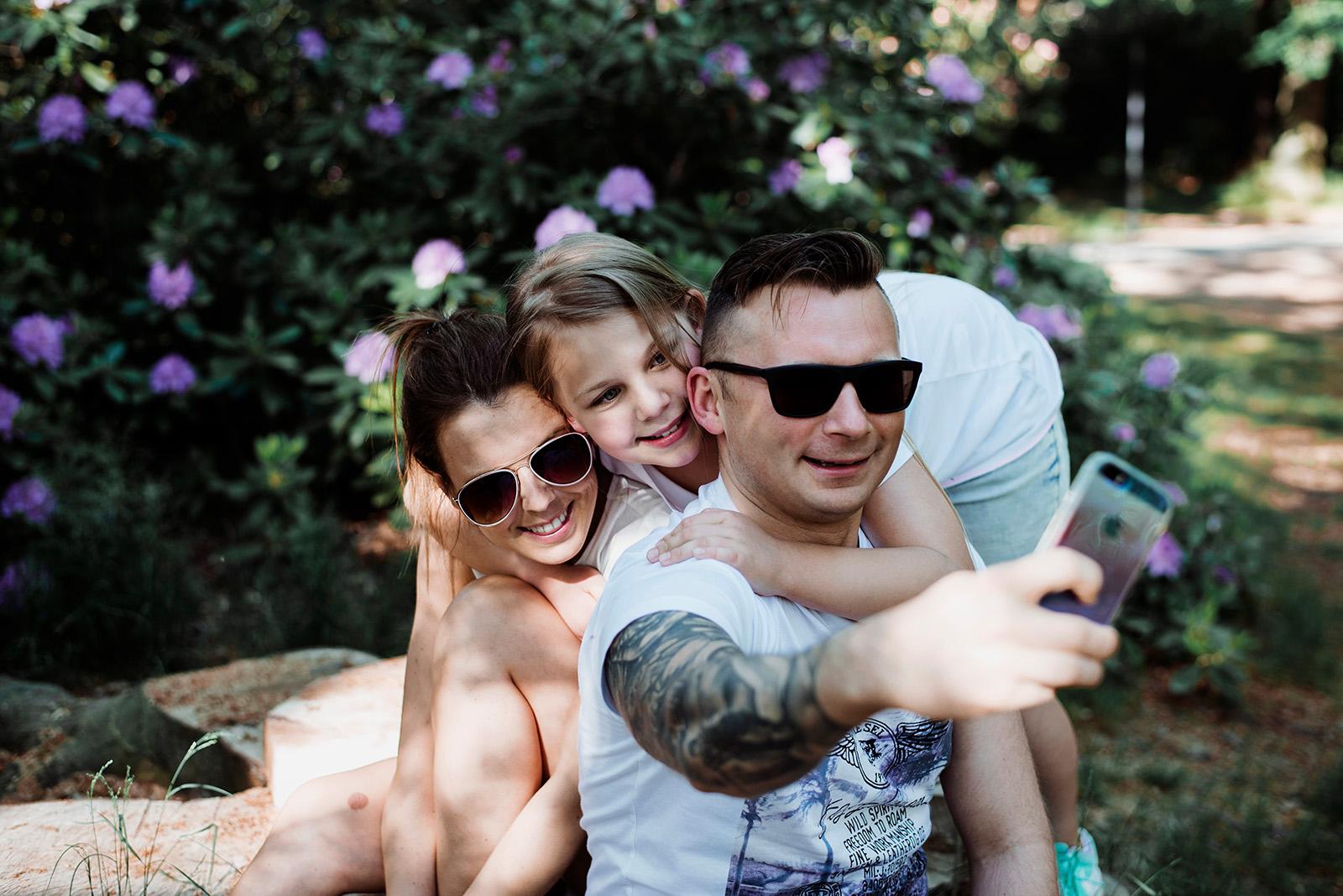 sesja rodzinna w parku ksiazanskim