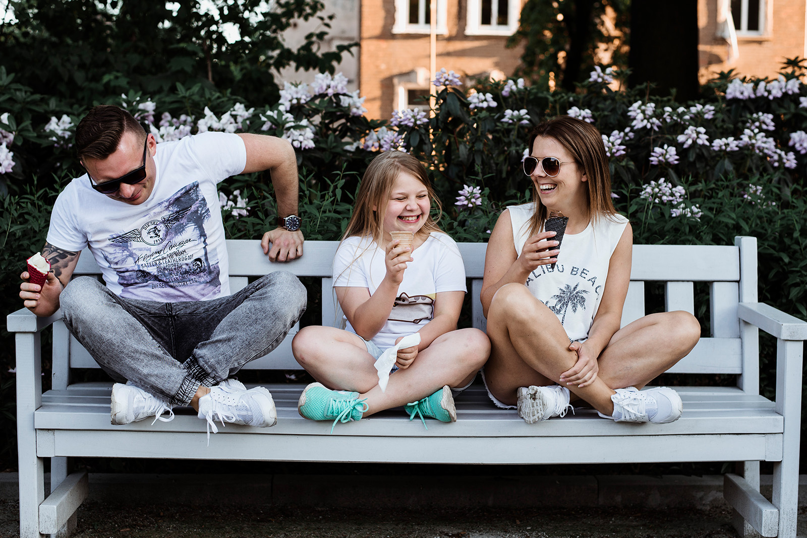 sesja rodzinna z lodami w parku w swidnicy