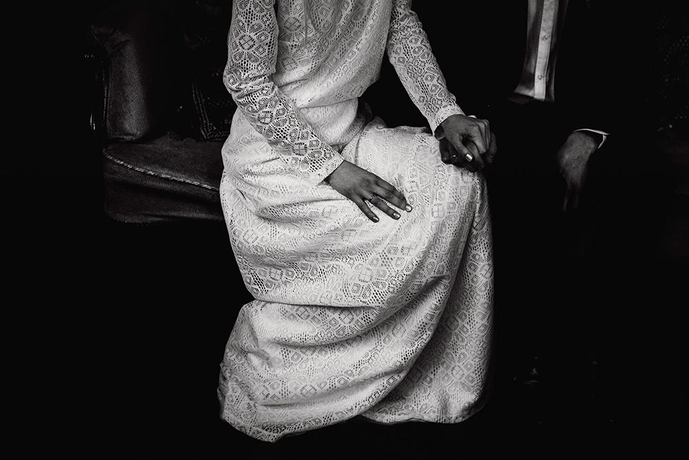 naturalna fotografia slubna-mieszko i jagienka-suknia slubna giselle boso