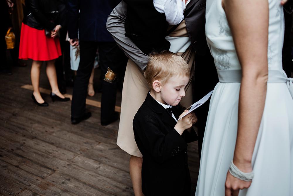 fotoreportaz slubny - naturalne wesele w mieszku i jagience- zyczenia gosci