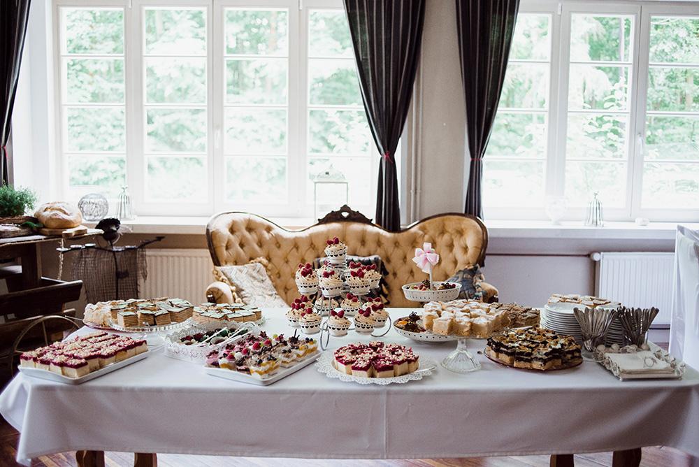 slodki stol - wesele w mieszku i jagience