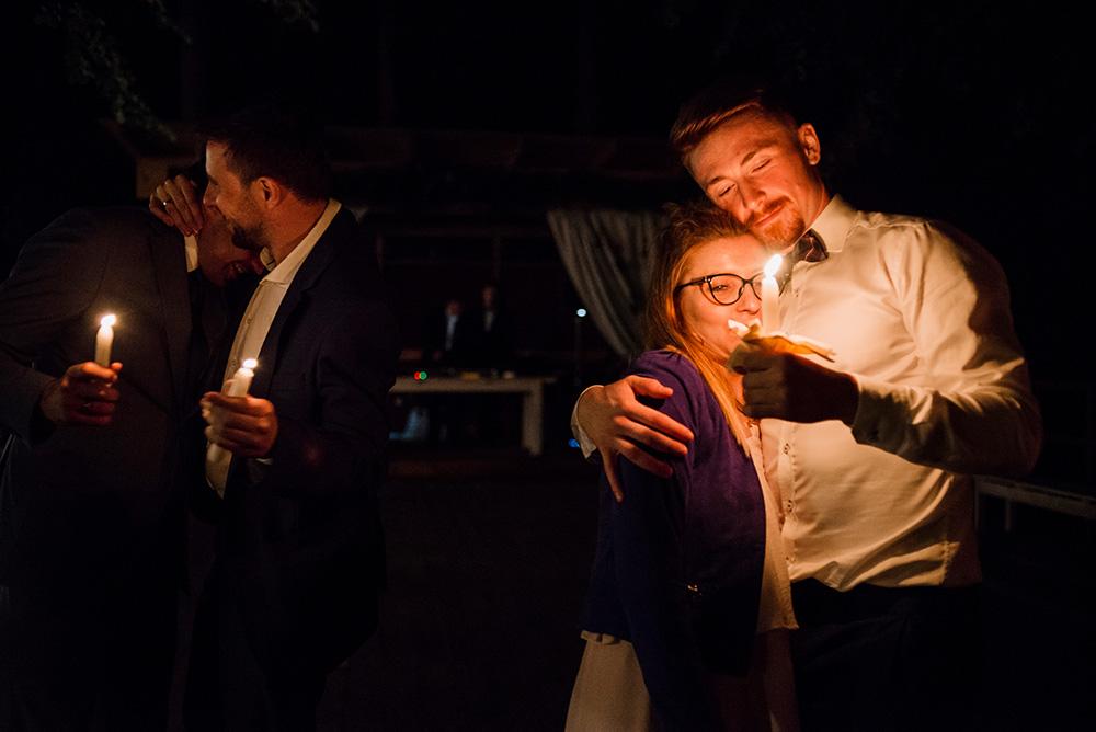 wesele w mieszku i jagience - taniec ze swieczkami