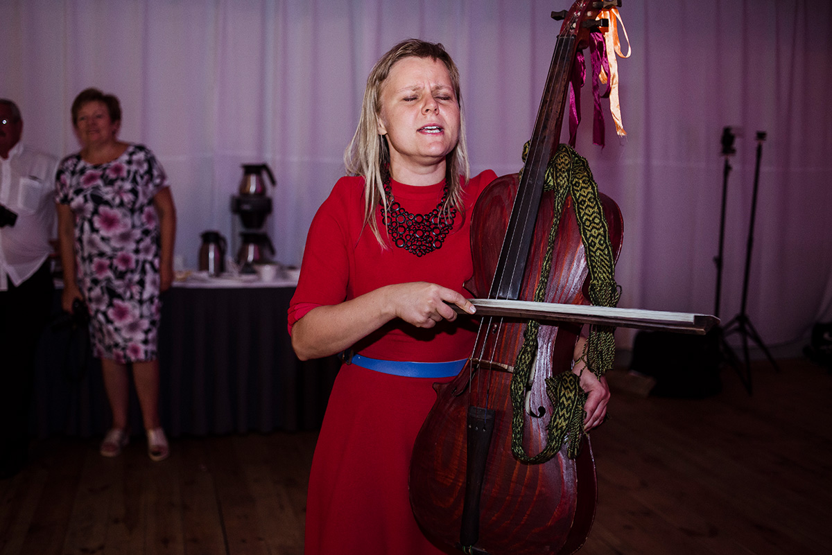 wesele w hotelu wodnik we wroclawiu - zespol ludowy na weselu - fotoreportaz slubny