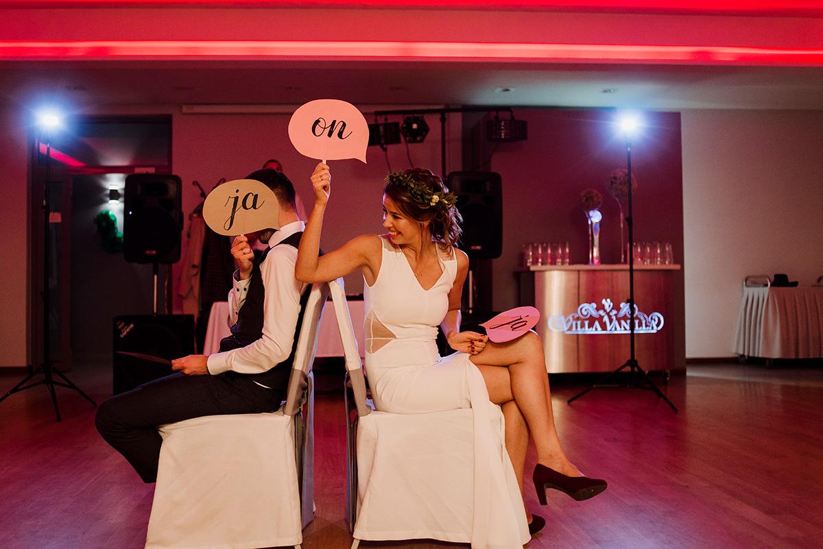 wesele na luzie - fotoreportaz slubny -zabawa weselna na zgodnosc