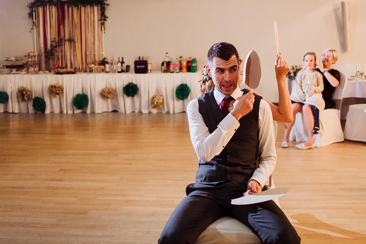 wesele na luzie - fotoreportaz slubny - zabawa weselna na zgodnosc