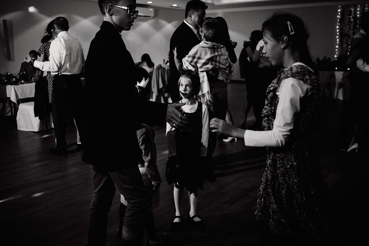 wesele na luzie - fotoreportaz slubny - naturalna fotografia