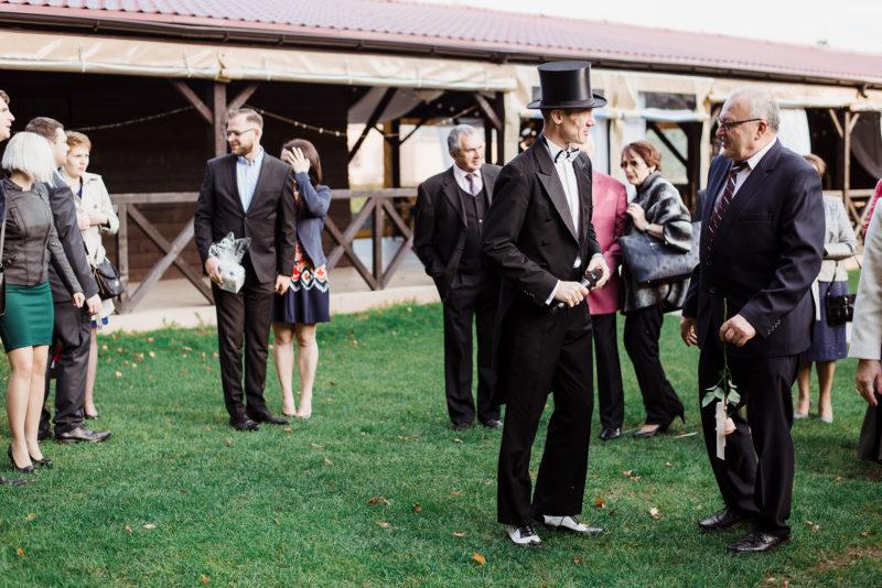 naturalna fotografia slubna - wesele w spichlerzu galowice - wodzirej Freak Frak