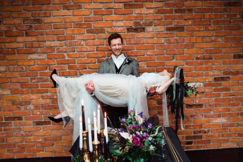 wesele w restauracji warsztat - suknia slubna sylwia kopczynska
